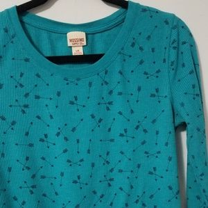 Trendy Mossimo teal arrow print thermal top, L
